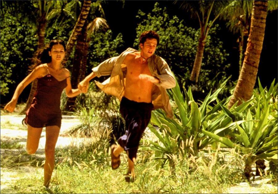 movies like the beach 2000