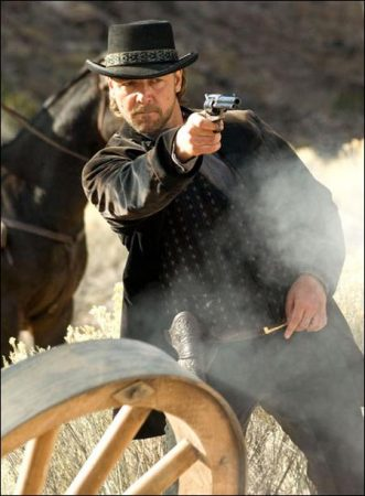 3:10 to Yuma (2007) - Russell Crowe