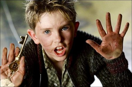Arthur and the Invisibles (2006)s - Freddie Highmore