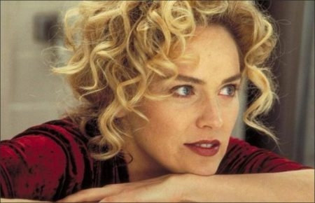 Gloria (1999) - Sharon Stone