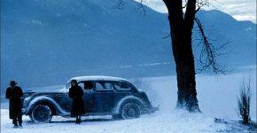Snow Falling on Cedars (1999)