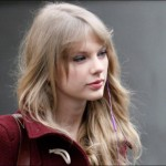 Taylor Swift out of upcoming Les Miserables movie