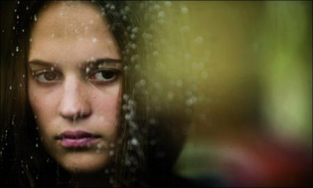 Alicia Vikander joins Dreamwork's WikiLeaks movie