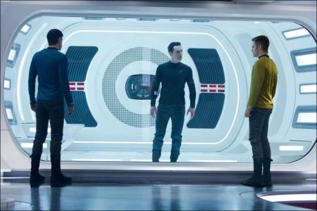 Star Trek: Into the Darkness Image 4