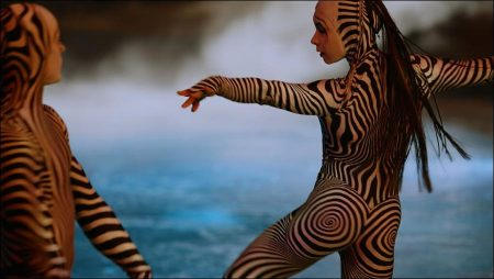 Cirque du Soleil Worlds Away 3D - Official Movie Trailer