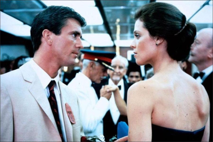The Year of Living Dangerously wiki, synopsis, reviews