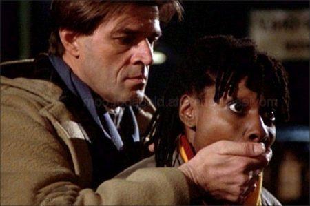 Jumpin' Jack Flash (1986)