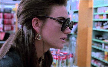 Drugstore Cowboy (1989) - Kelly Lynch
