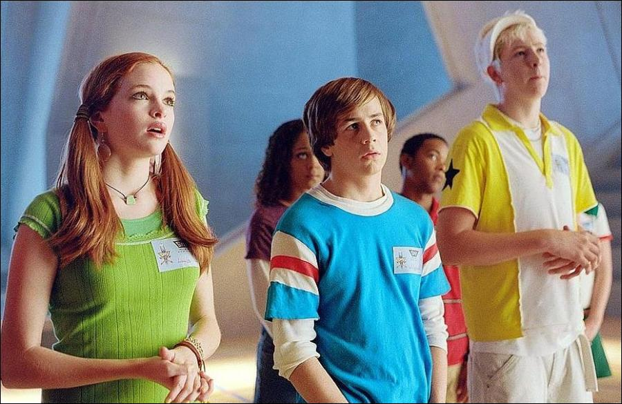 24. Sky High (2005): A sequel is needed to show how the gang turns out when they grow up.